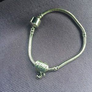 Jewelry - New Mom Heart Charm